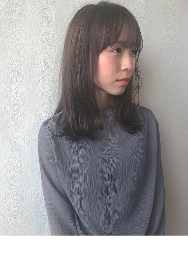 倉敷の美容室CoRte. grass店の女性モデル